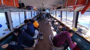 しゅうすいやで山中湖でワカサギ釣り体験